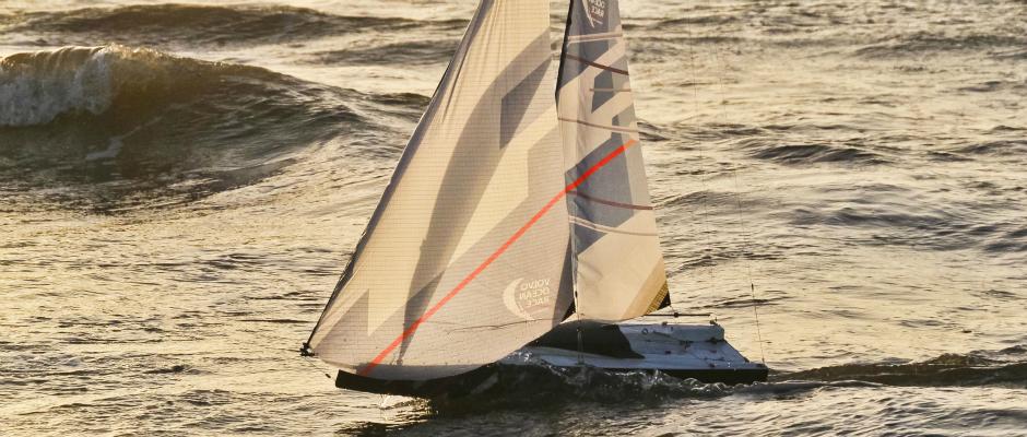 volvo-ocean-65-model-boat