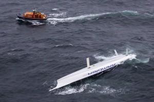 Alt_Rambler 100 capsized in Fastnet1