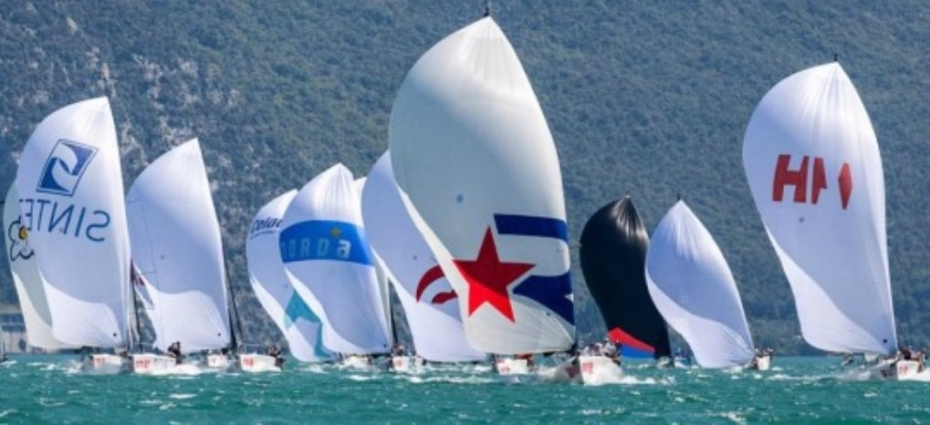 Melges32-sailing-series