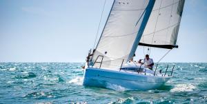 italia-yachts-998