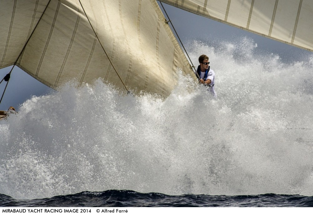 Alfred-Farré-Batlle.-Photo_Classic-Boat-Mariquita-in-the-VII-Puig-Vela-Classica-Barcelona-2014-1000x687