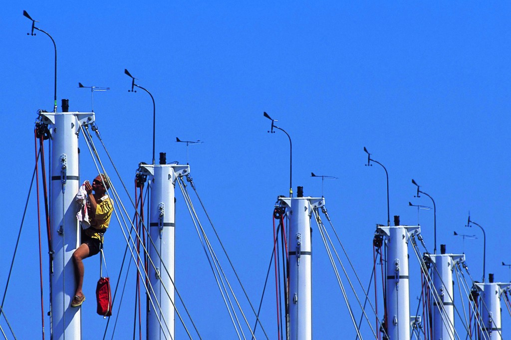 checking the mast at La Rochelle.Credit: Mark Lloyd/Marinepics.