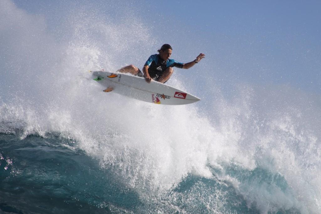 leo-fioravanti-surfer