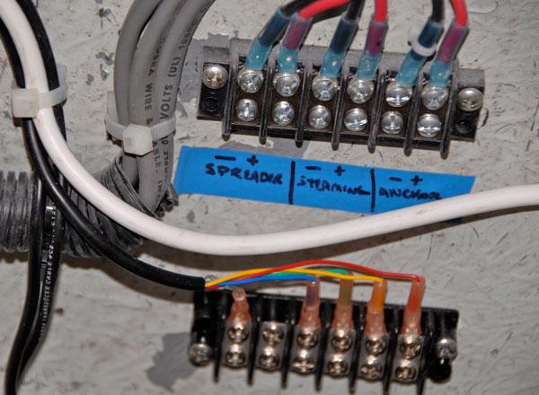 Schema Elettrico Per Gommone : Impianto elettrico di bordo la checklist in punti