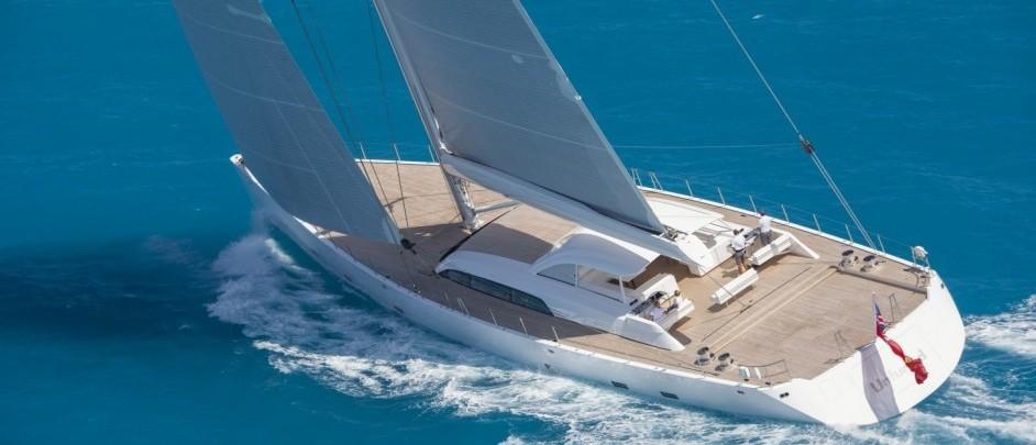 E 39 il 46 metri unfurled la barca da sogno del 2016 gallery for Accessori per barca a vela
