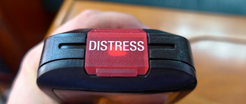 BG-H50-wireless-vhf-handset-top-distress-button
