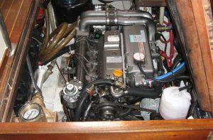 1500-Hound-Engine-Instal