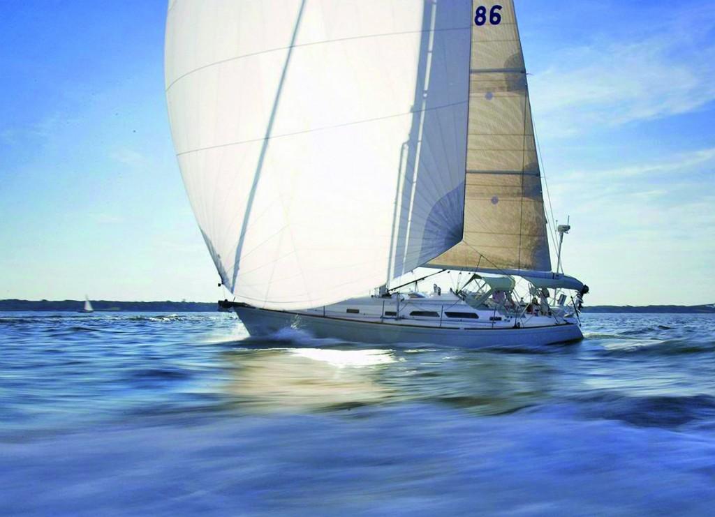 sail-crusing