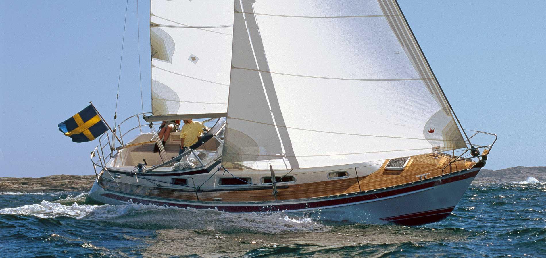 Barche dal pedigree importante cinque usati che sono un for Arredo barche