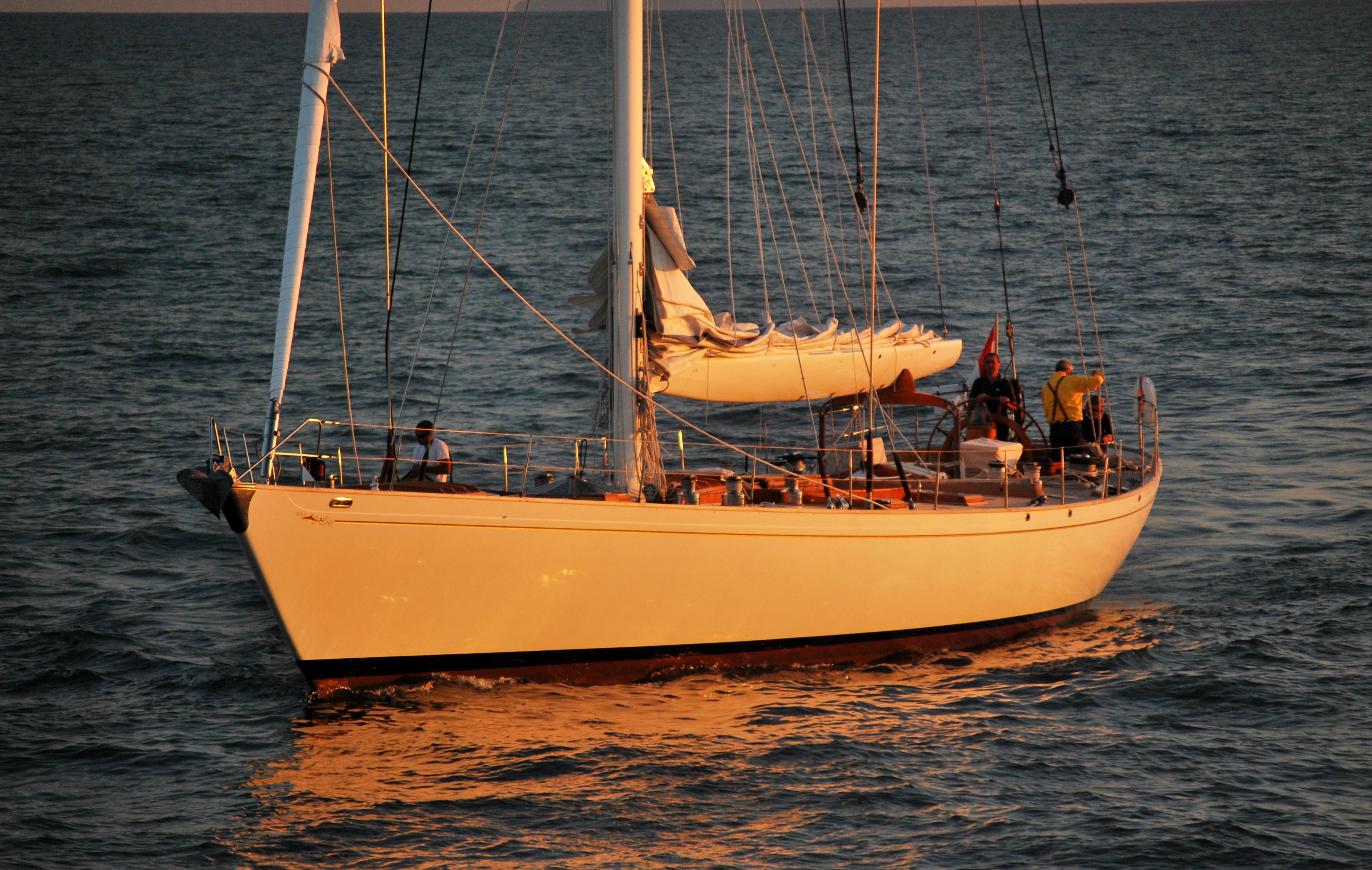Whitefin barche da sogno il fascino distinto del whitefin - Bagno fortuna marina di pisa ...