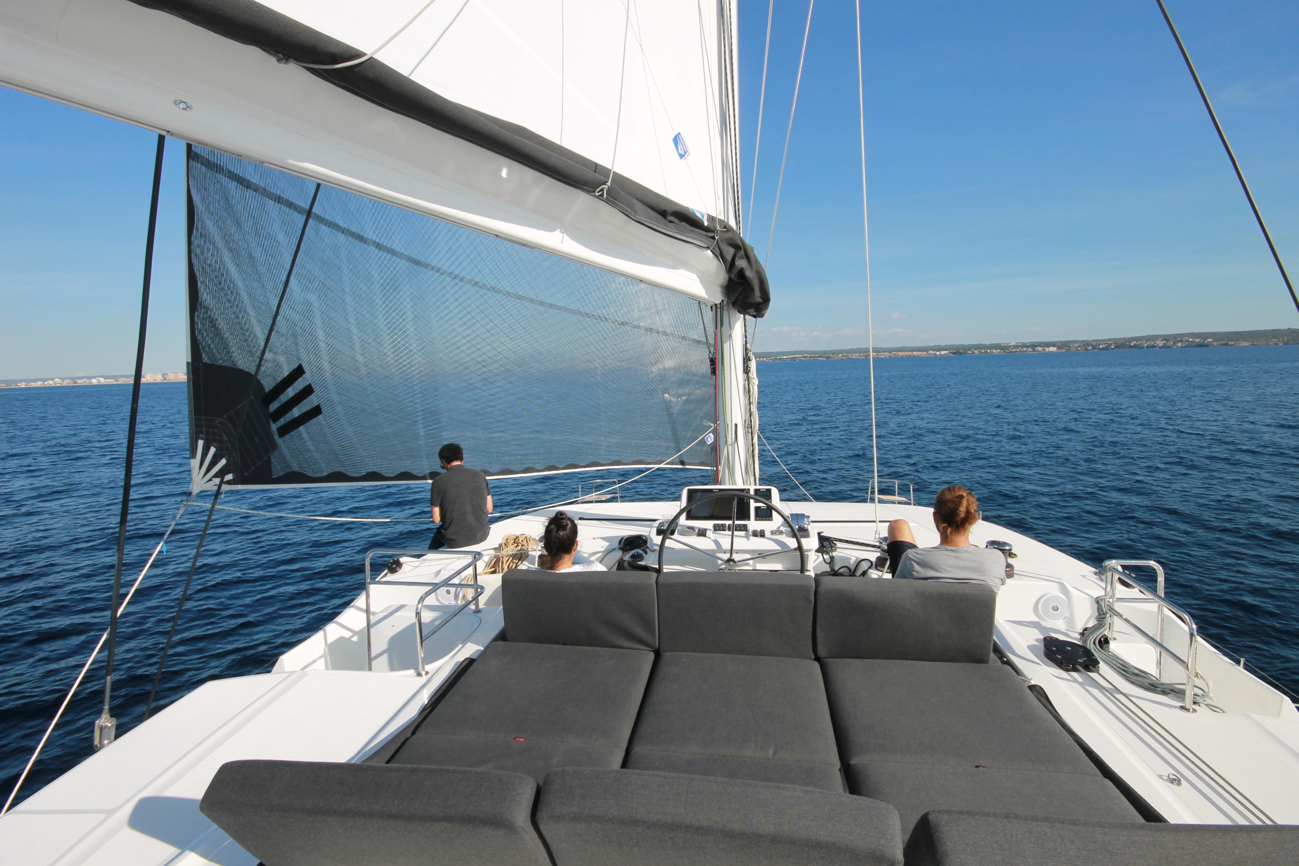 cacciatore Modello di barca prese d/'aria laterali in plastica bianca.x2