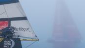Brunel, in primo piano, mentre viene superato da Mapfre nella nebbia di Newport