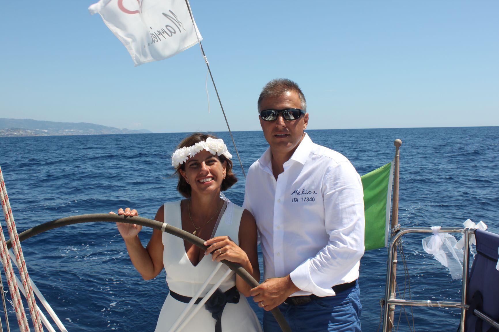 Matrimonio In Barca : Matrimonio in barca archives giornale della vela