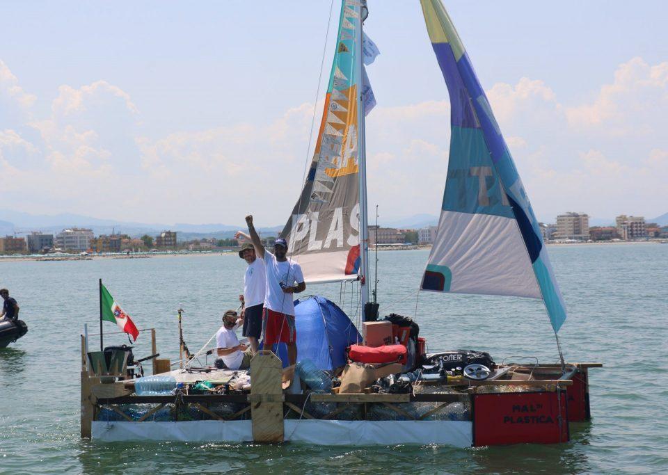 Mal di Plastica departure in Rimini