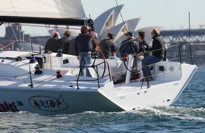 Sydney 43 stern