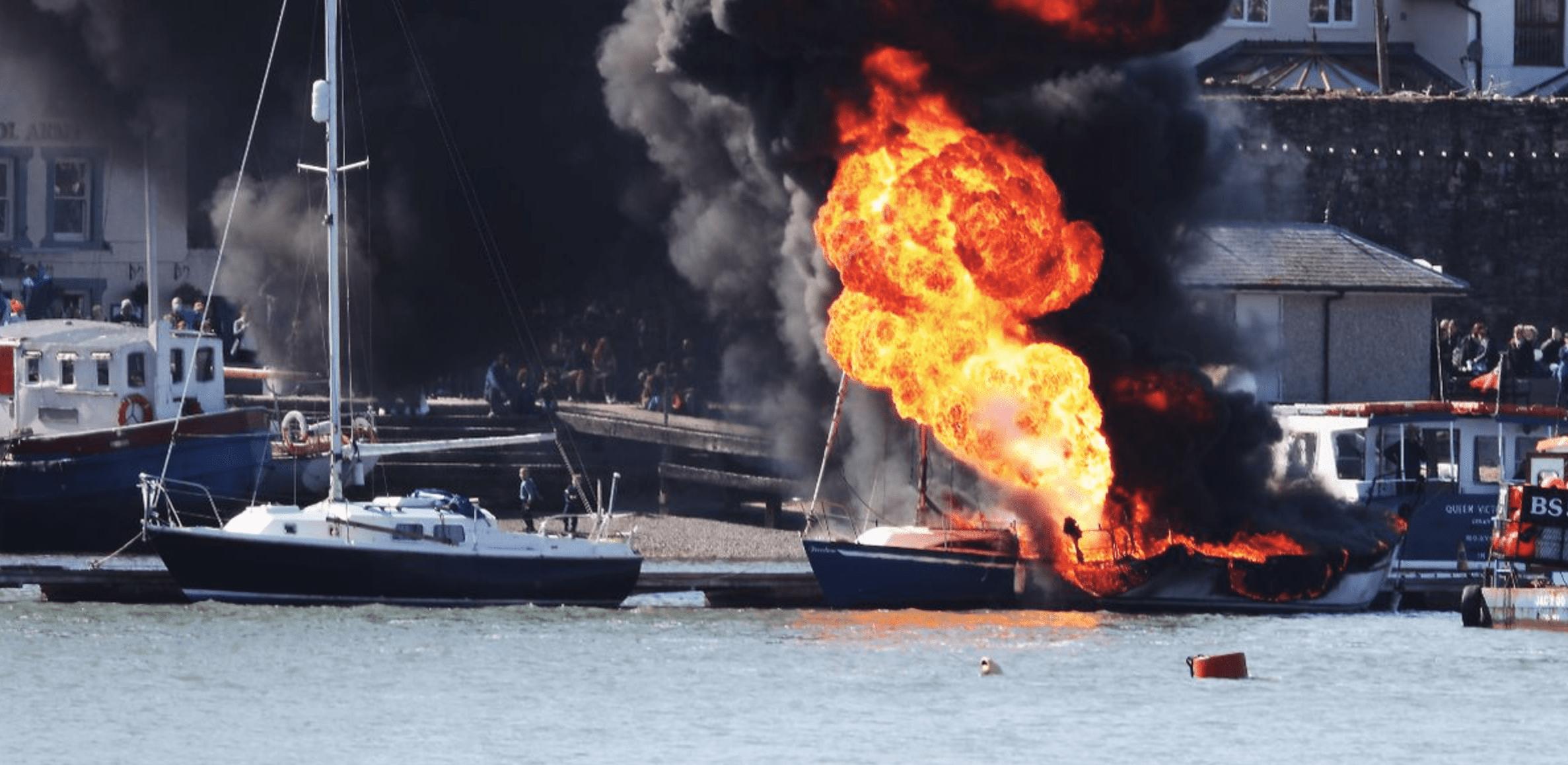 fuoco a bordo