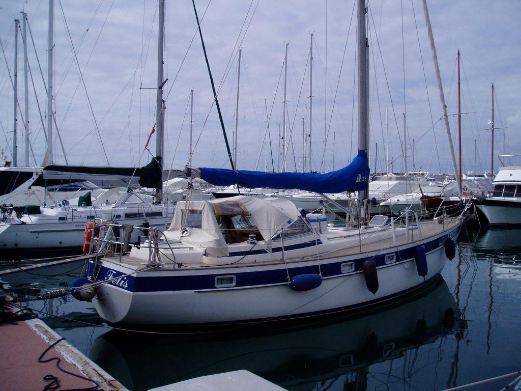 barche usate hallberg-rassy 38